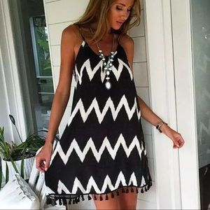 Dresses & Skirts - Chevron tassel slip dress 💕